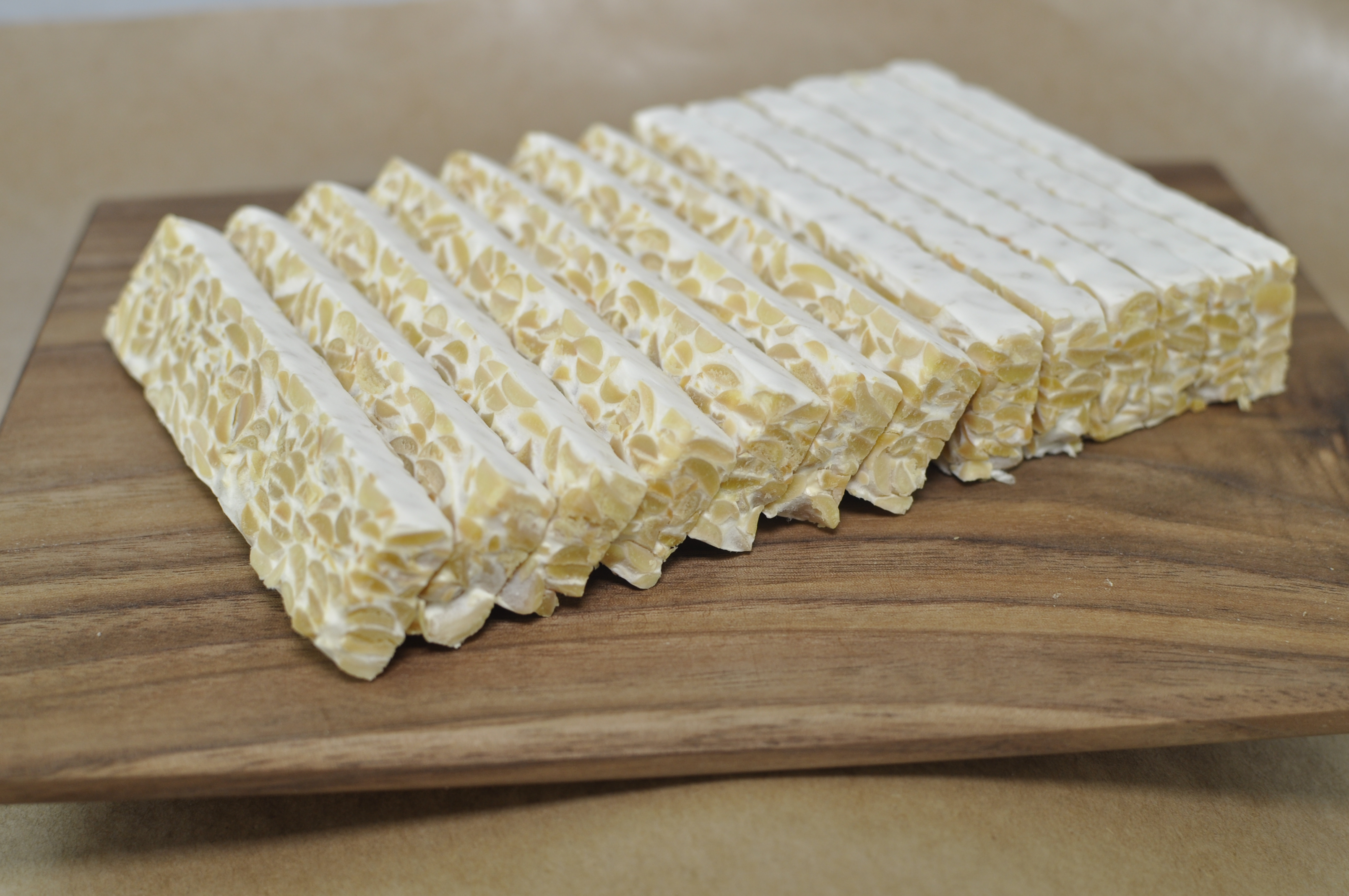 photo of fresh sliced Tempeh Tantrum soy tempeh